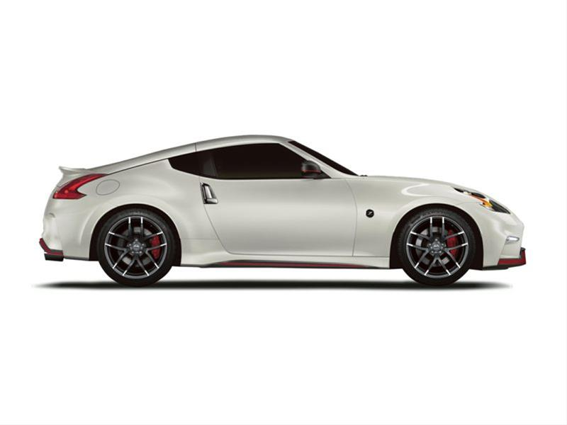 New 2018 Nissan 370Z NISMO (M6) 2dr Rear-wheel Drive Coupe